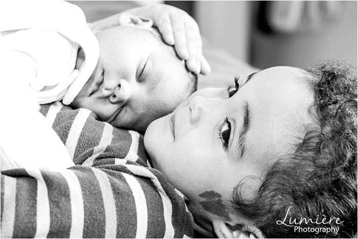 birth photographer at leicester royal infirmary newborn at home