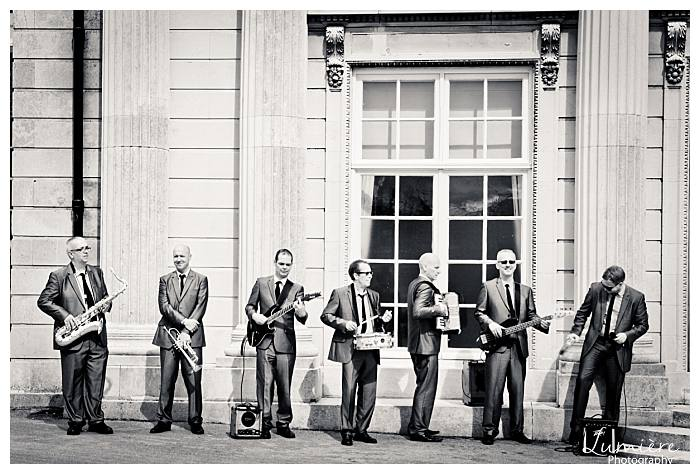 wedding at Haileybury college- hertofrdhsire- the band