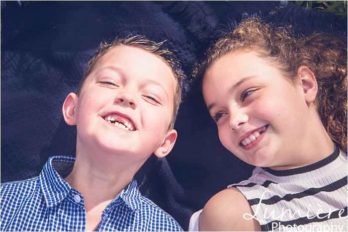 Family photographer in Leicestershire children close up photo at family photoshoot in loughborough