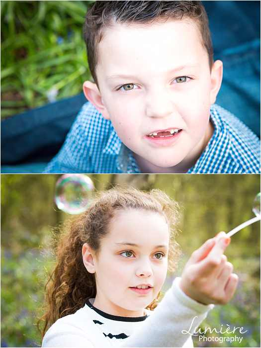 Family photographer in Leicestershire children having fun at family photoshoot in loughborough