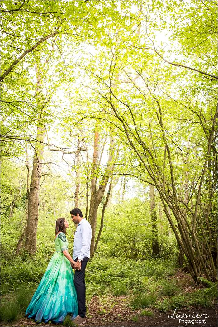 pre wedding photography in loughborough couple in woods