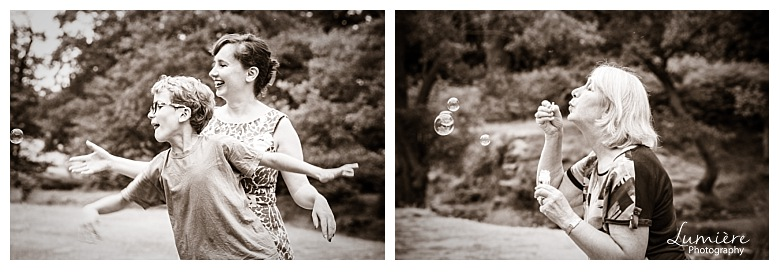 Bradgate Park Leicester family photoshoot bubbles